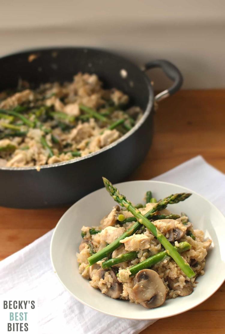 Chicken-Mushroom-Rice-Skillet-with-Asparagus-4