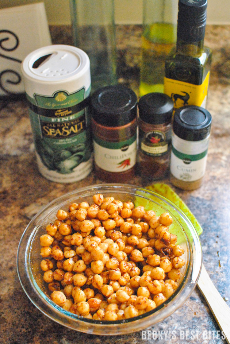Indredients for Smoky Spice Blend Roasted Chickpeas | beckysbestbites.com