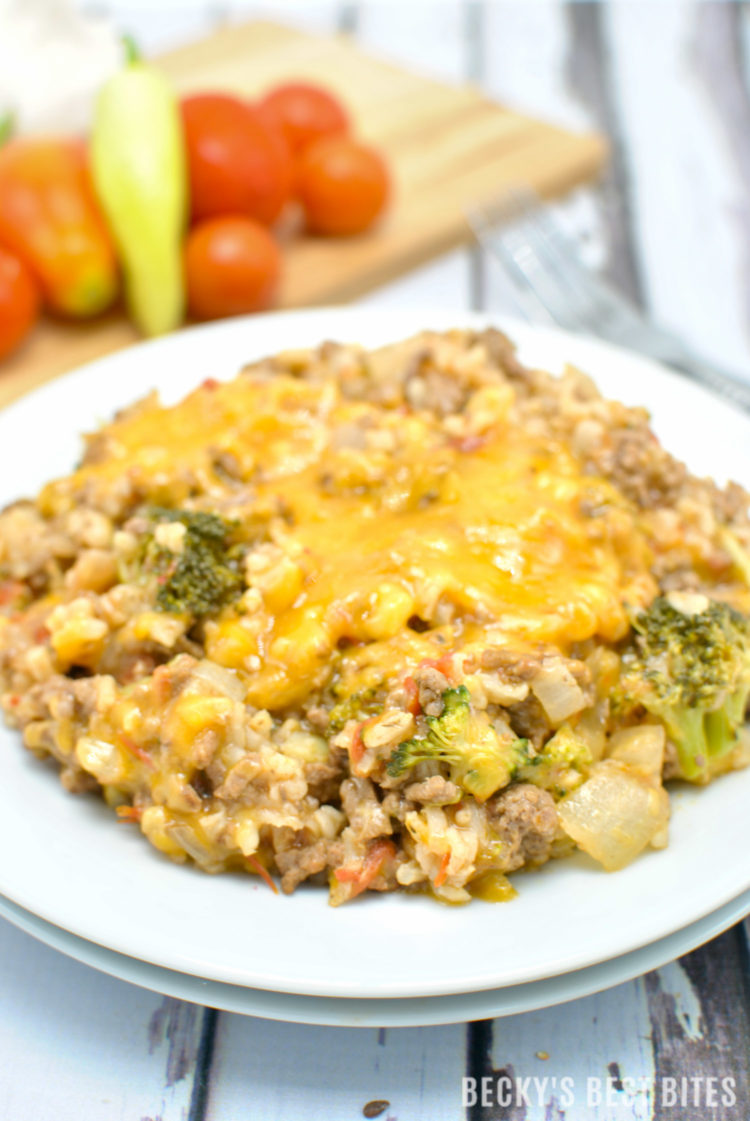 Cheesy Burger Skillet with Fresh Tomatoes, Broccoli and Rice   beckysbestbites.com