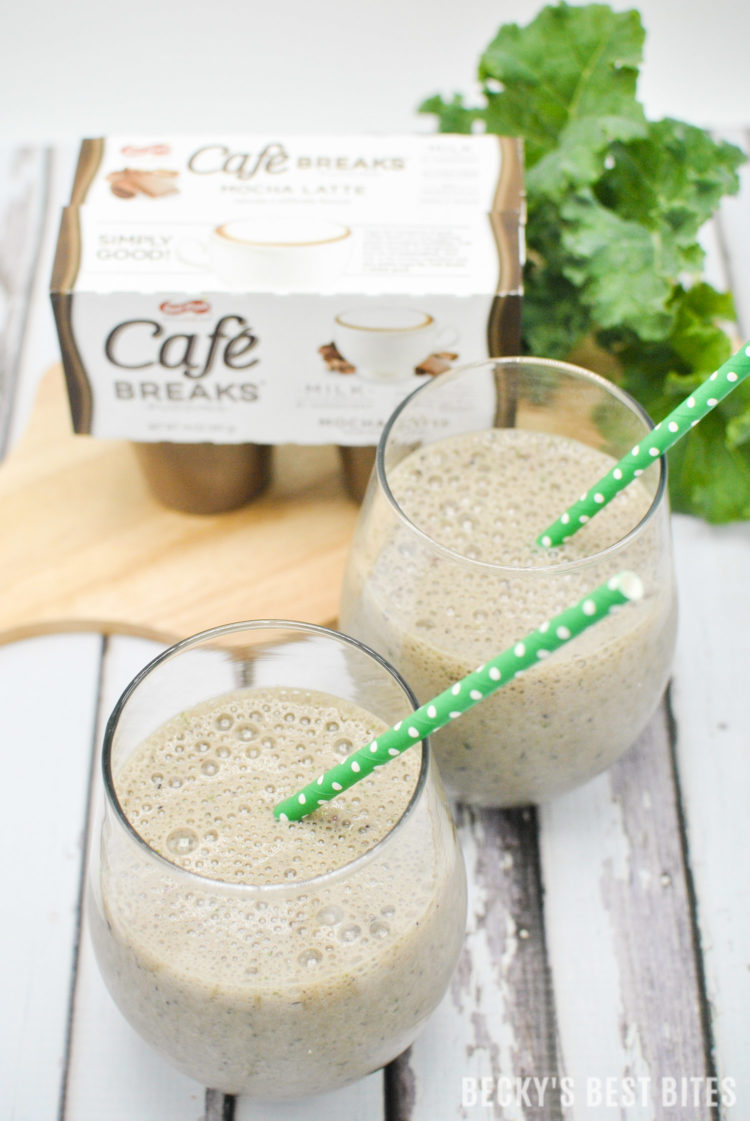 Green Berry Mocha Pudding Smoothie