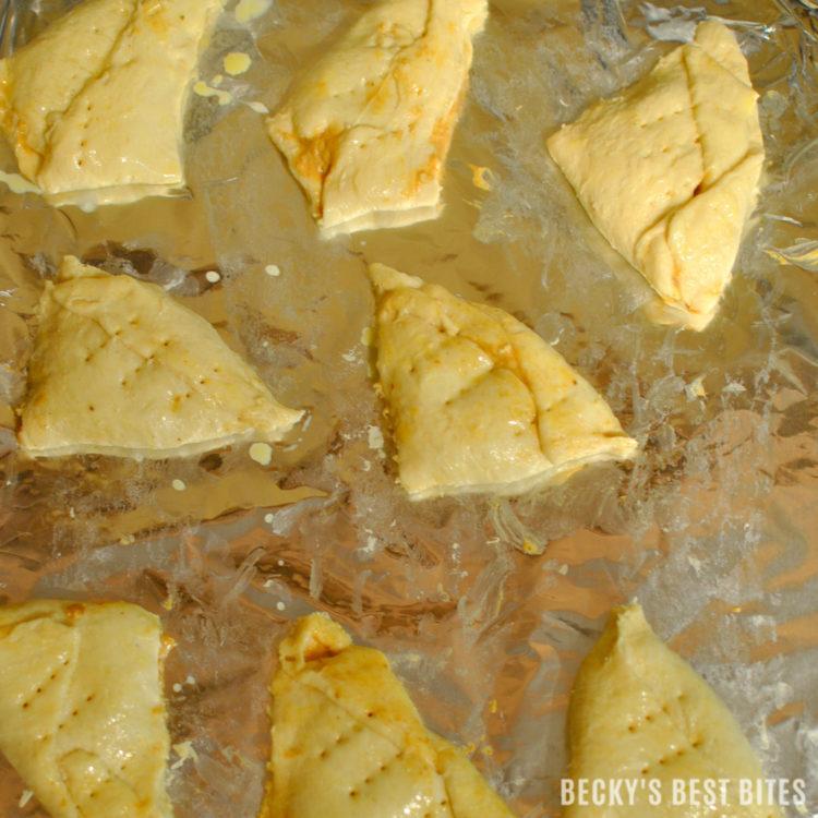 creamy-baked-pumpkin-pie-empanadas-3