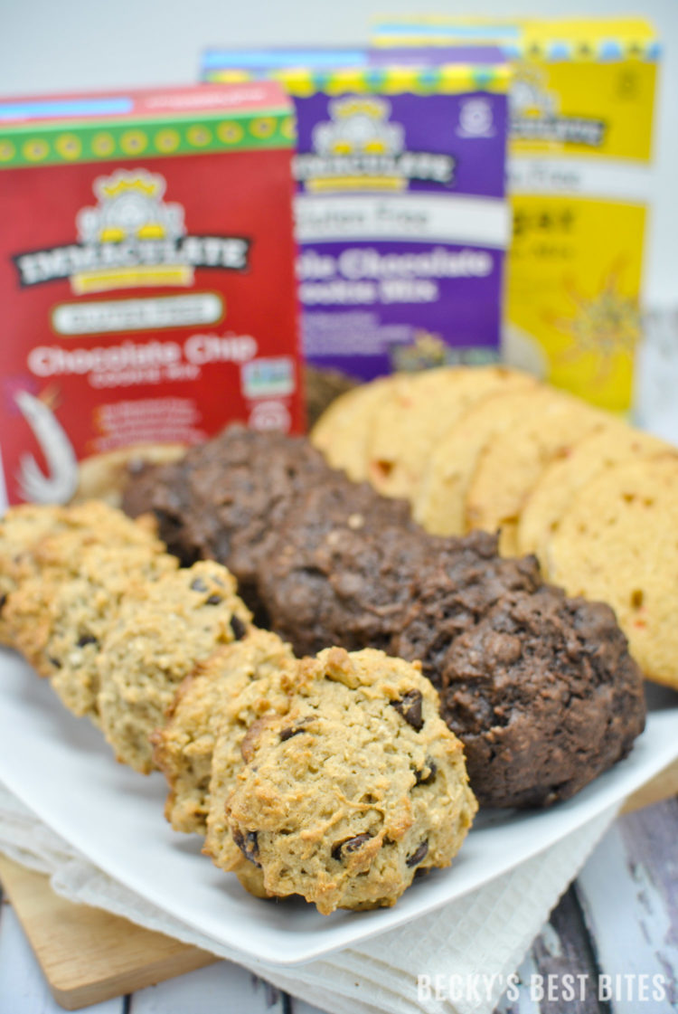 3 Easy Holiday Cookies - With A Twist! Healthy dessert recipes created with Immaculate Baking's wholesome baking products many of which are certified gluten-free or organic! #ad #ImmaculateHolidays #ImmaculateBaking | beckysbestbites.com