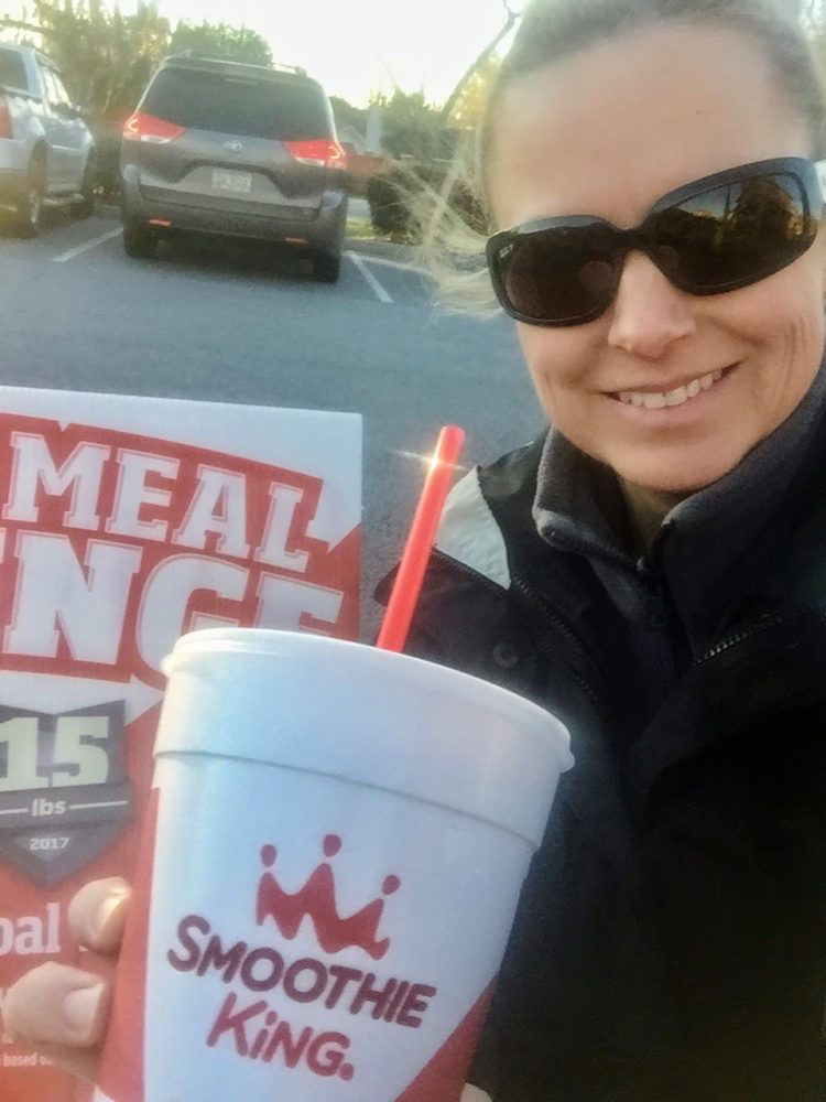 New Year, New Routines! Take the Change A Meal Challenge with Smoothie King as part of new healthy habits to integrate into your 2017 resolutions & personal goals! #ad #changeameal | beckysbestbites.com